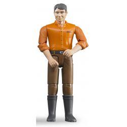 Bruder figur man med bruna byxor och orange tröja 6007