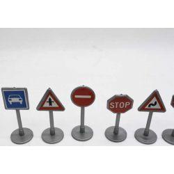 Trafikskyltar till lekmatta och leksaksbilar Kids Globe