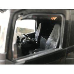 Volvo FH16/750 timmerbil Emek. Svart. 1:25
